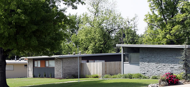 Krisana park is denver 39 s best mod 50 39 s neighborhood for Mid century modern homes denver